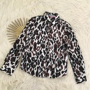 Foxcroft Womens Leopard Print Button Down Shirt